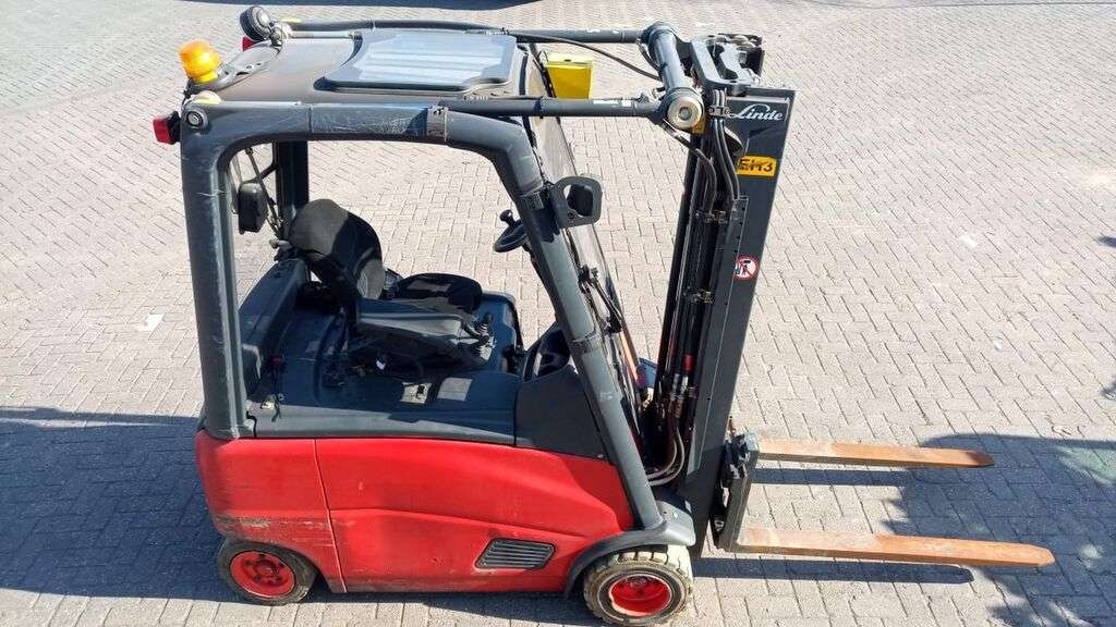 LINDE E20P vorkheftruck-photo
